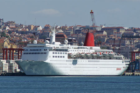 Atlantic Star at Lisbon - Photo: Ian Boyle, Lisbon, 19th April 2009
