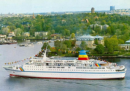 Birka Line Ship Postcards - Discovery sun cruise ship
