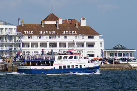 SOLENT SCENE - Blue Line Cruises - Photo: �Ian Boyle, 5th August 2010 - www.simplonpc.co.uk
