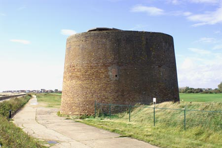 Martello Tower D - Photo: � Ian Boyle, Clacton, 30th September 2006 - www.simplonpc.co.uk