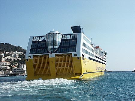Corsica ferries mega express photographs for Mega express 2 piscine