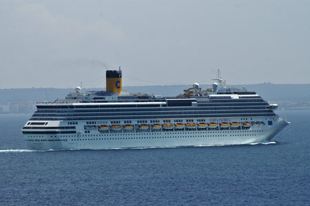 COSTA PACIFICA at Palma - Photo: © Ian Boyle, 26th August 2009