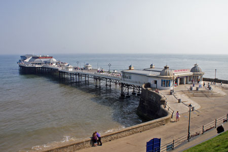 Cromer Pier - www.simplonpc.co.uk - 23rd April 2011