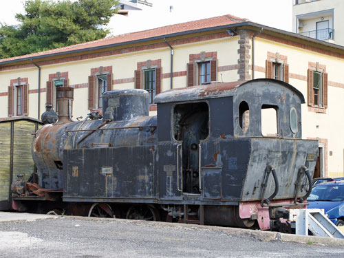 Ferrovie della Sardegna - Photo: ©2011 Ian Boyle - www.simplompc.co.uk - Simplon Postcards