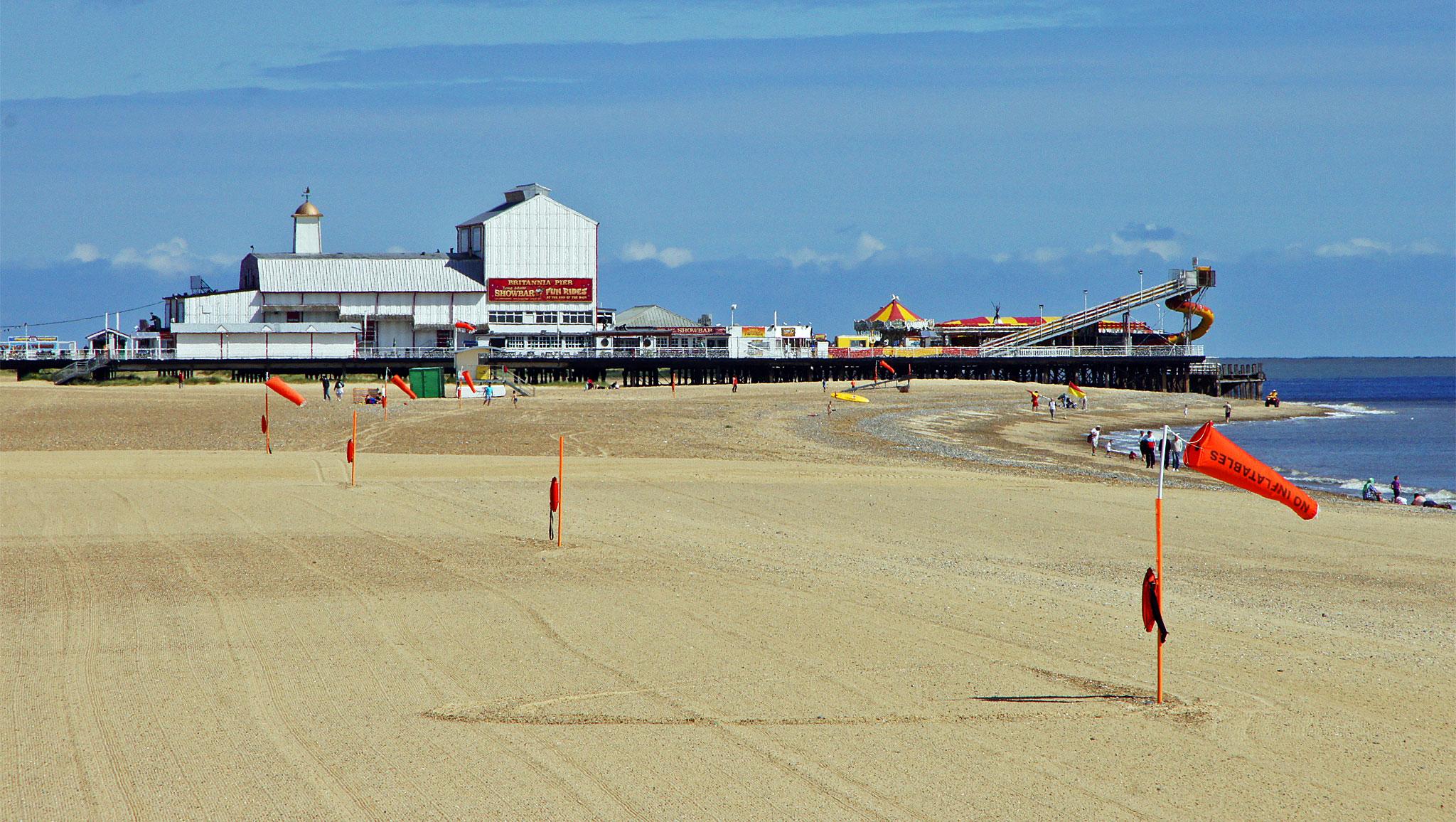 great yarmouth piers www simplonpc co uk