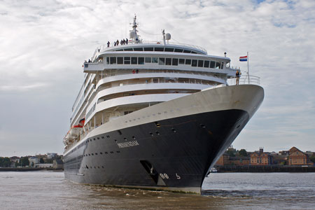 PRINSENDAM - Photo: © Ian Boyle, 29th August 2010 - www.simplonpc.co.uk