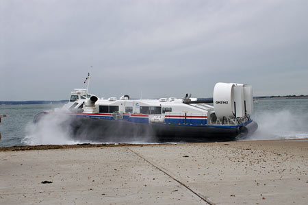 Solent Express - Hovertravel - © Ian Boyle - www.simplonpc.co.uk