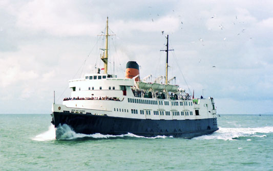 BEN-MY-CHREE - IOMSPCO - Simplon Postcards - simplonpc.co.uk - Photo: ©1979 Margaret Boyle