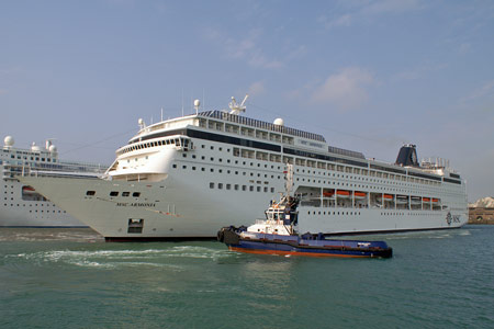 MSC ARMONIA - www.simplonpc.co.uk - Photo: � Ian Boyle, Dover, 13th May 2008