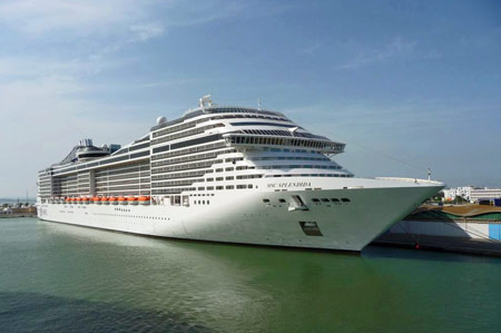 MSC SPLENDIDA - Photo: � Francesco Galantino, 11th August 2009