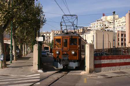 PALMA-SOLLER RAILWAY - Photo: © Ian Boyle, 26th August 2009