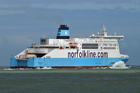MAERSK DOVER - Norfolk Line - Photo: � Ian Boyle, 18th August 2008 -  www.simplonpc.co.uk