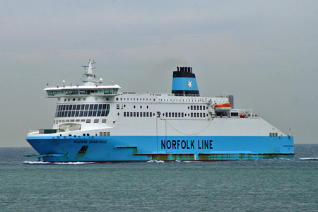 MAERSK DUNKERQUE - Norfolk Line - Photo: � Ian Boyle, 1st September 2006 -  www.simplonpc.co.uk