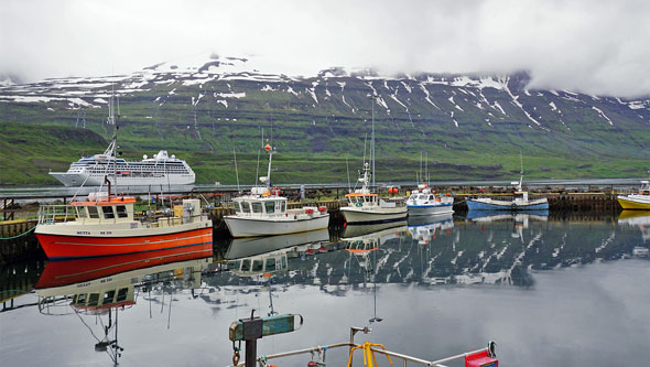 Ocean Princess Cruise - Seyðisfjörður - Photo: © Ian Boyle, 21st July 2015 - www.simplonpc.co.uk