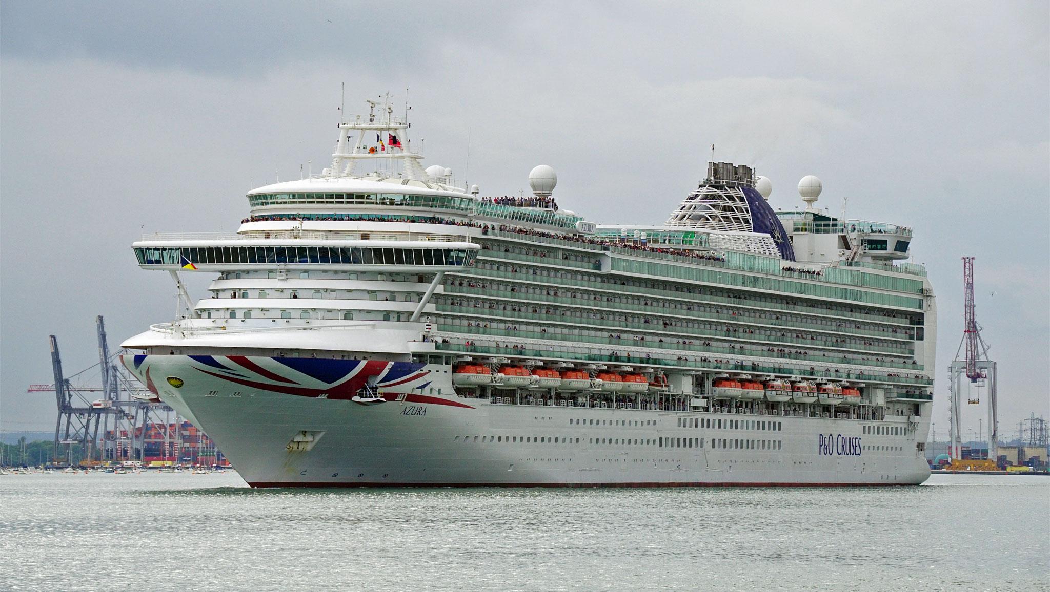 Britannia Cruise 2015 PampO Cruises  Simplon Postcards