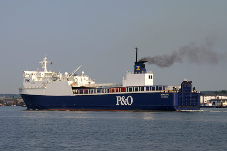 Norcape leaving Tilbury - Photo: © 2008 Ian Boyle - www.simplonpc.co.uk