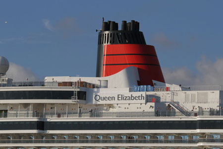 QUEEN ELIZABETH - Photo: © 2011 Willem Kruit - www.simplonpc.co.uk