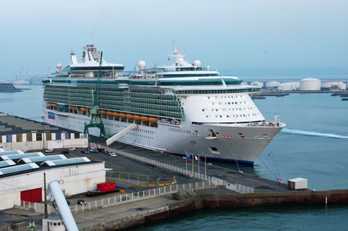 INDEPENDENCE OF THE SEAS - Photo: © Ian Boyle, May 3rd 2012 - www.simplonpc.co.uk