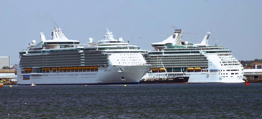 Liberty of the Seas - Royal Caribbean - Passenger Ship ... Oasis Of The Seas Comparison
