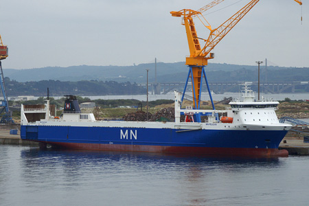 MN-Pelican at Brest - Photo: © Ian Boyle, 29th August 2008 - www.simplonpc.co.uk