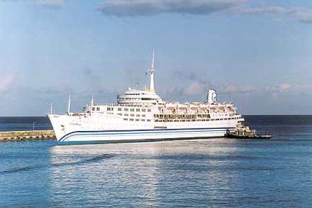 Dolphin Cruise Line Postcards - List of cruise ships