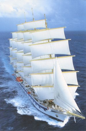 http://www.simplonpc.co.uk/StarClippers/RoyalClipper01.jpg