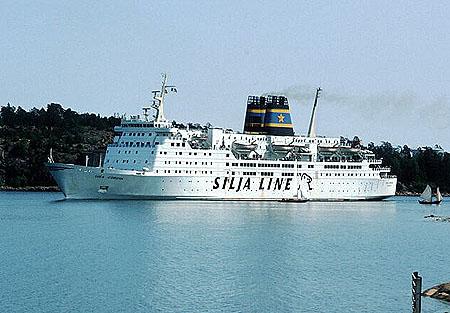 Sundancer Cruise Ship   Fitbudha.com