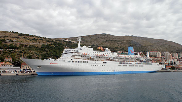 THOMSON SPIRIT - www.simplonpc.co.uk - Photo: �Ian Boyle, 13th October 2010