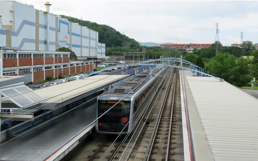 Bilbao Metro - Photo: � Ian Boyle, 27th May 2015 - www.simplonpc.co.uk