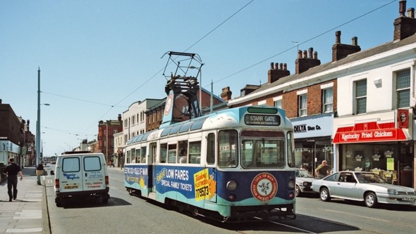 BLACKPOOL TRAMS - Photo: ©1993 Ian Boyle - www.simplompc.co.uk - Simplon Postcards