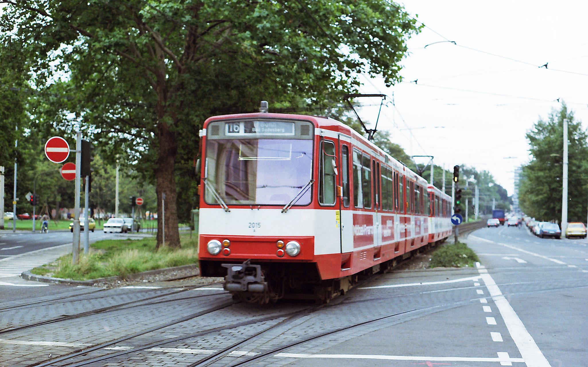 Straßenbahn 16 Köln