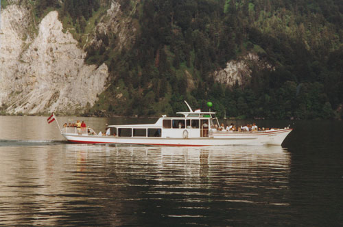 GRUNBERG - Traunsee - Photo: ©1989 Ian Boyle - www.simplonpc.co.uk