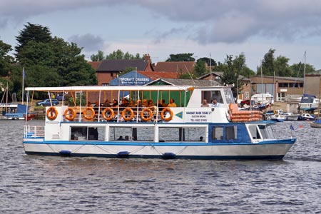 WAVENEY PRINCESS - www.simplonpc.co.uk - Photo: �2008 Ian Boyle