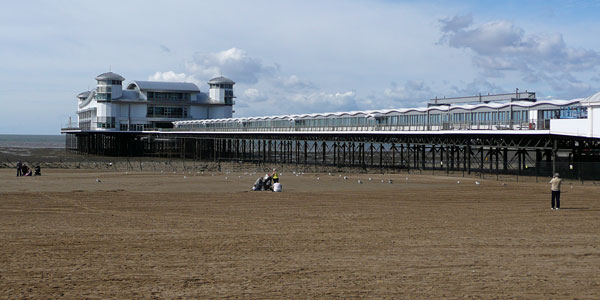 GRAND PIER - Weston-super-Mare - Photo: � Ian Boyle, 18th September 2010 - www.simplonpc.co.uk